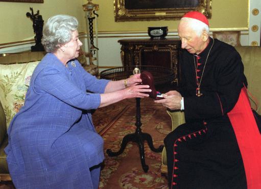 Queen/Hume gets Order of Merit